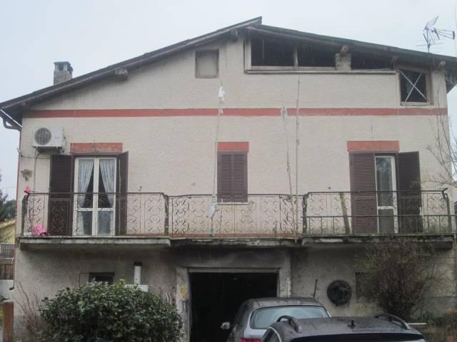 Soluzione Indipendente in vendita a Valmontone, 3 locali, prezzo € 169.000 | Cambio Casa.it