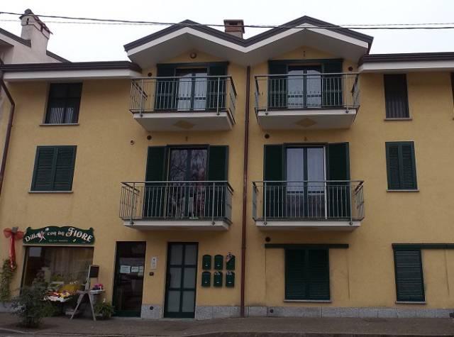 Appartamento in ottime condizioni in vendita Rif. 4980427