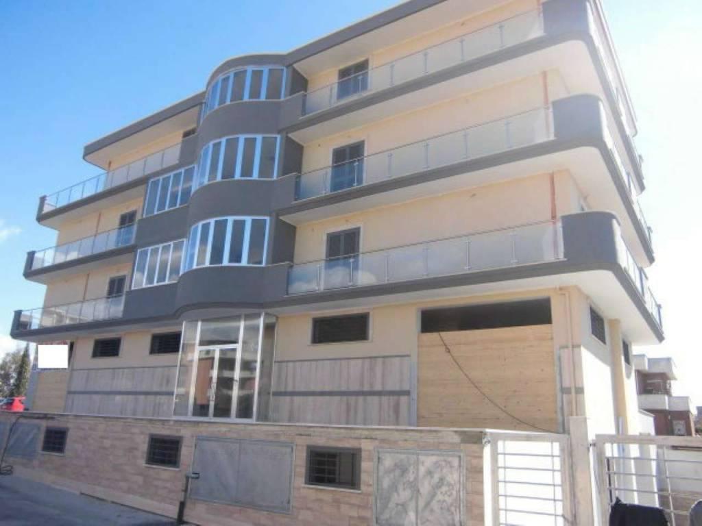 Appartamento in vendita a Ardea, 2 locali, prezzo € 90.000   CambioCasa.it