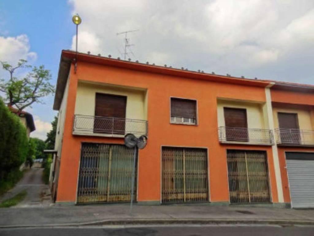 Casa indipendente in Vendita a Cantu' Centro:  5 locali, 500 mq  - Foto 1