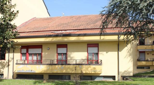 Appartamento in buone condizioni in vendita Rif. 5072526