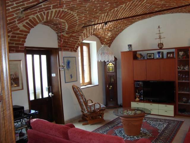 Casa Indipendente in ottime condizioni parzialmente arredato in vendita Rif. 6595389