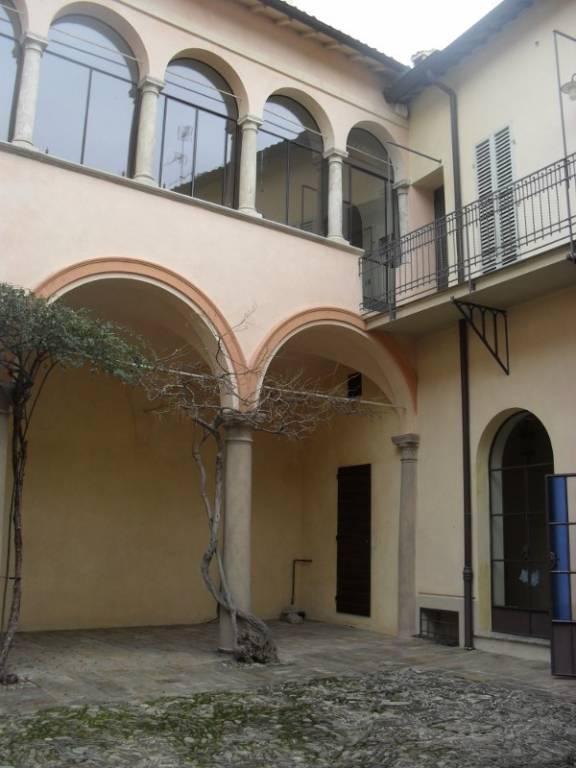 Foto 1 di Trilocale Faenza