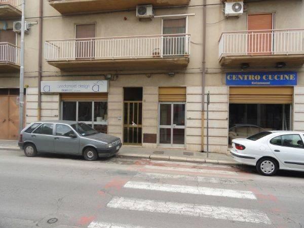 Locale in via Noicattaro, 87, Rutigliano Rif. 4454672