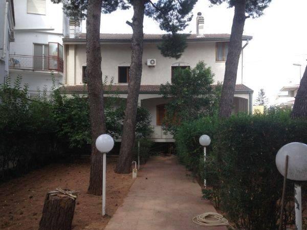 Villa 6 locali in vendita a Cassano delle Murge (BA)
