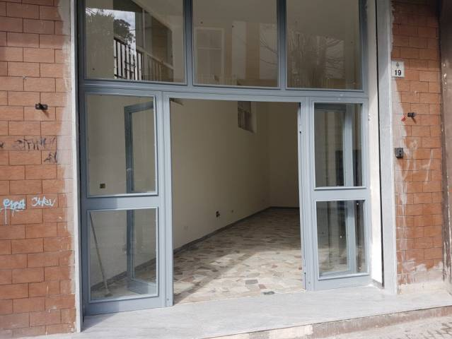 Negozio / Locale in vendita a San Giorgio a Cremano, 1 locali, prezzo € 90.000 | Cambio Casa.it
