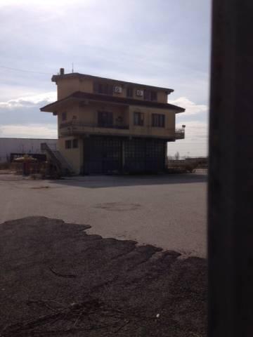 Terreno Commerciale in Vendita a Maddaloni Rif.9683420