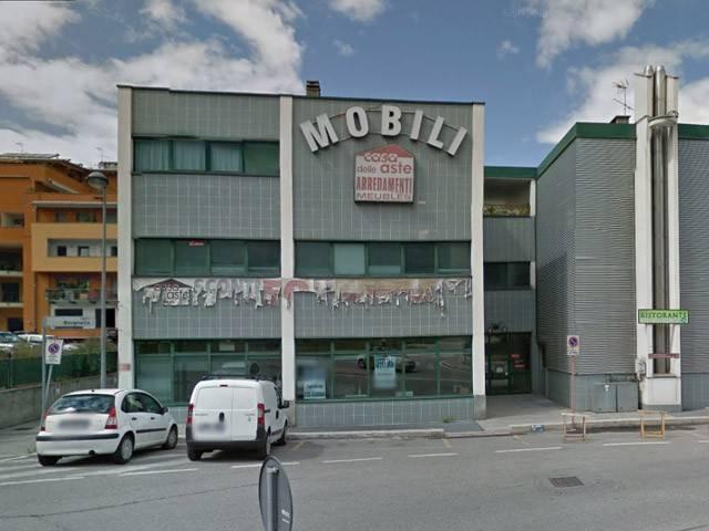 Negozio / Locale in vendita a Aosta, 1 locali, prezzo € 215.000 | Cambio Casa.it