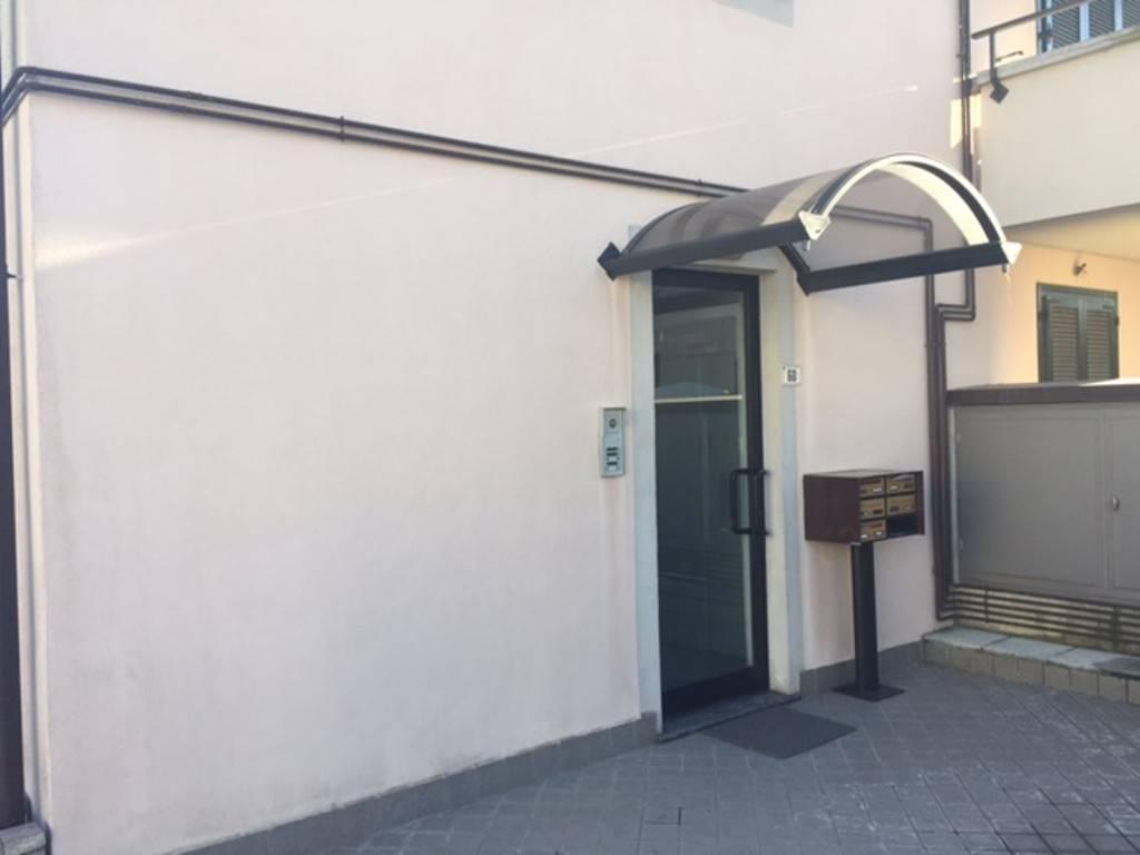 Appartamento in vendita a Alzate Brianza, 1 locali, prezzo € 75.000 | PortaleAgenzieImmobiliari.it