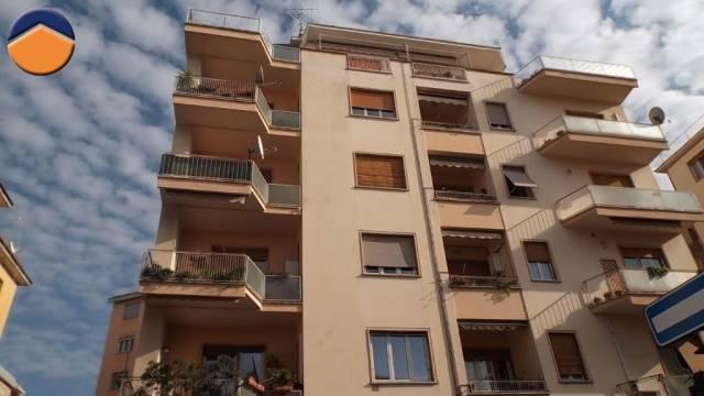 Appartamento, Vittorio Veneto, Centro città, Vendita - Viterbo (Viterbo)