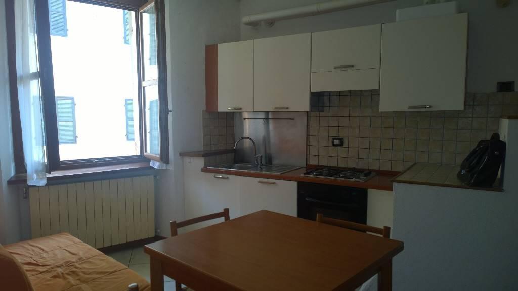 Appartamento in ottime condizioni arredato in affitto Rif. 7926113