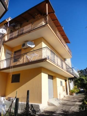 Appartamento in vendita a Castelforte, 3 locali, prezzo € 75.000   Cambio Casa.it
