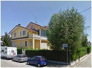 Appartamento in buone condizioni arredato in affitto Rif. 7109519