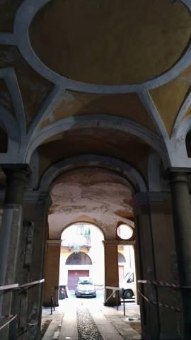 Bilocale Torino Via Santa Chiara 5