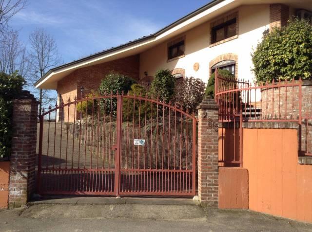Villa 6 locali in vendita a Capriglio (AT)