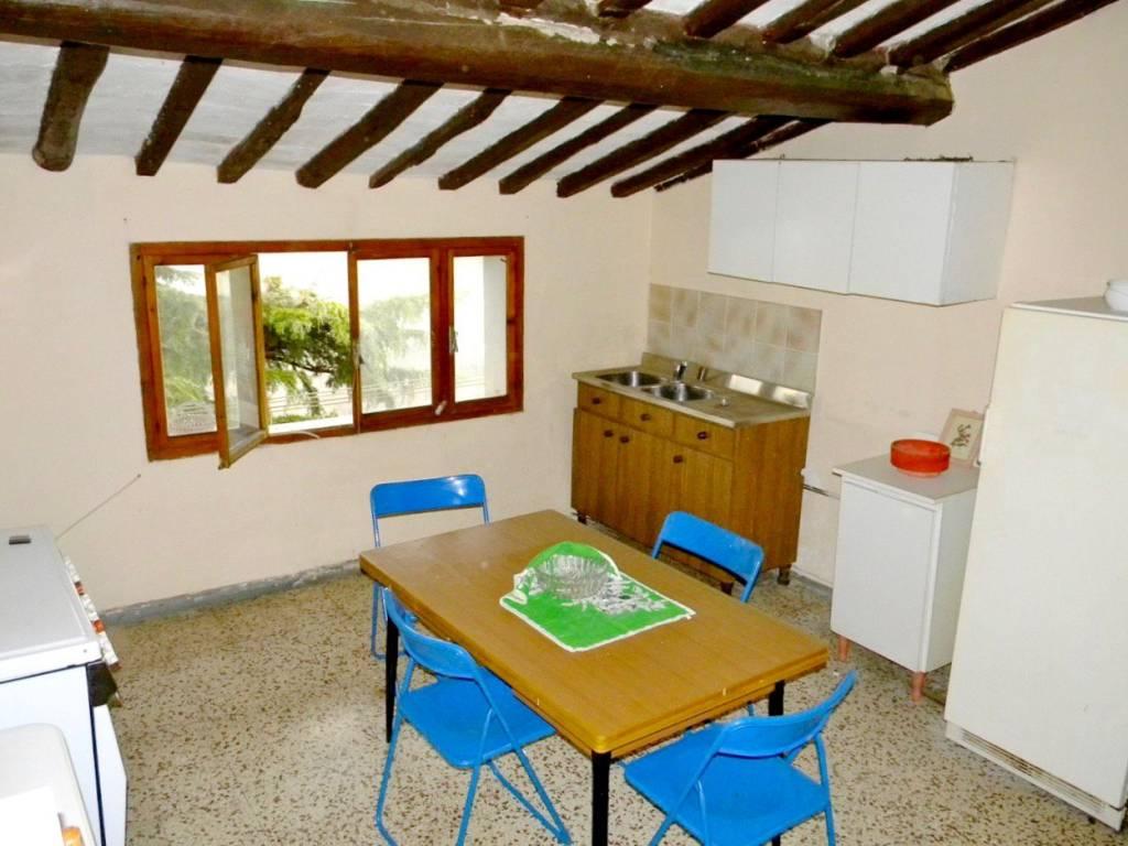 Appartamento in vendita a Palaia, 3 locali, prezzo € 54.000 | PortaleAgenzieImmobiliari.it