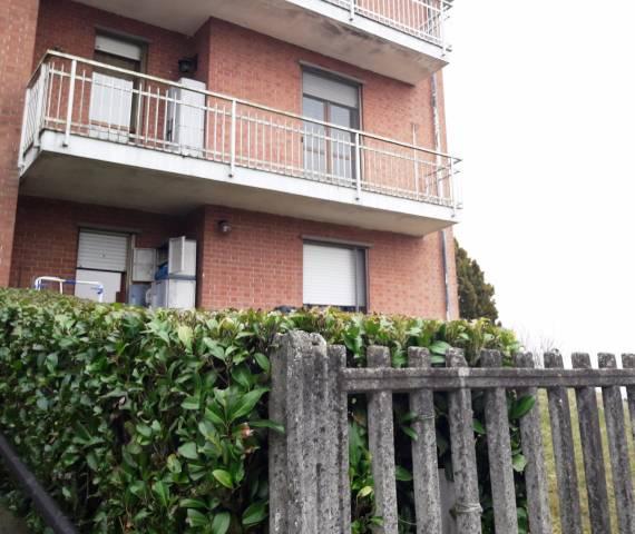 Appartamento in buone condizioni arredato in vendita Rif. 4272100