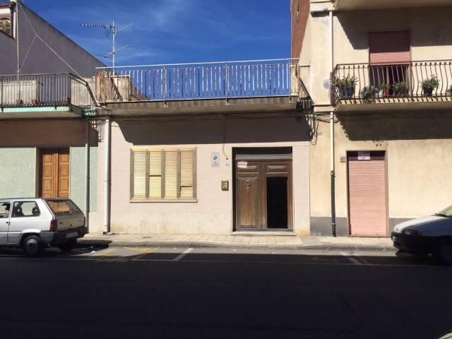 Palazzo / Stabile in vendita a Mascali, 6 locali, prezzo € 270.000 | Cambio Casa.it