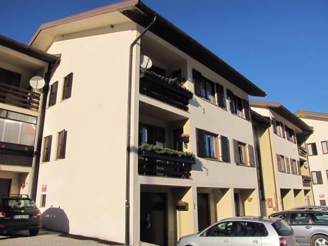 Appartamento in ottime condizioni arredato in vendita Rif. 5030964