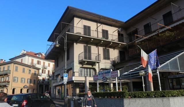 Negozio / Locale in vendita a Baveno, 3 locali, prezzo € 200.000   CambioCasa.it