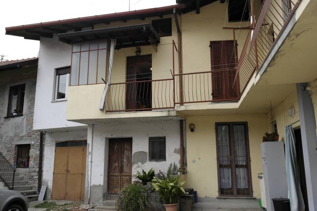 Appartamento in vendita a Bardello, 2 locali, prezzo € 40.000 | CambioCasa.it
