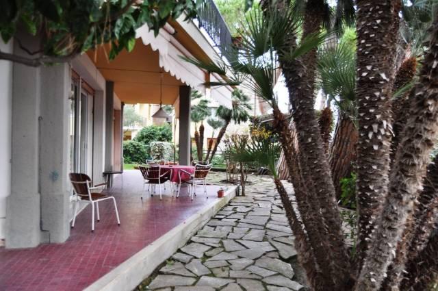 Appartamento in Affitto a San Remo Semicentro:  5 locali, 280 mq  - Foto 1