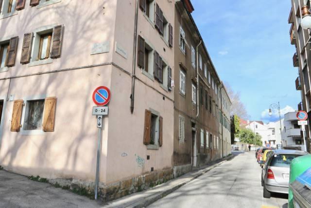 Bilocale Trieste Via Capitolina 1
