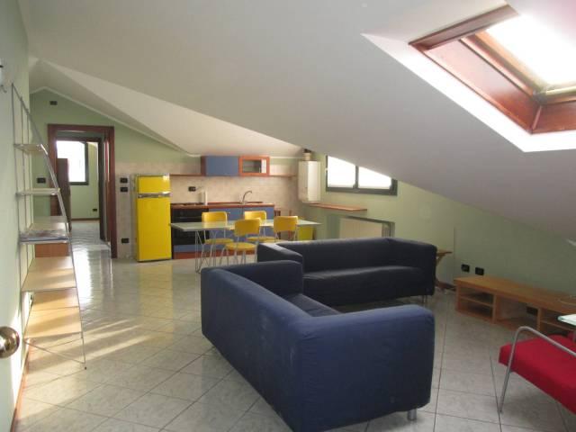 Attico / Mansarda in affitto a Borgo San Dalmazzo, 2 locali, prezzo € 350 | Cambio Casa.it