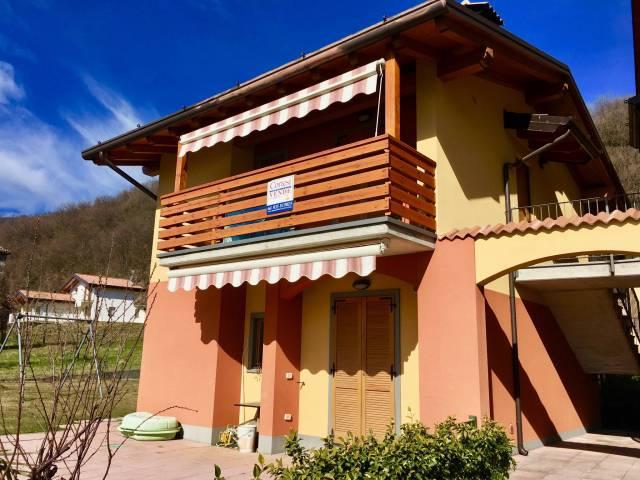 Appartamento in ottime condizioni arredato in vendita Rif. 4914272