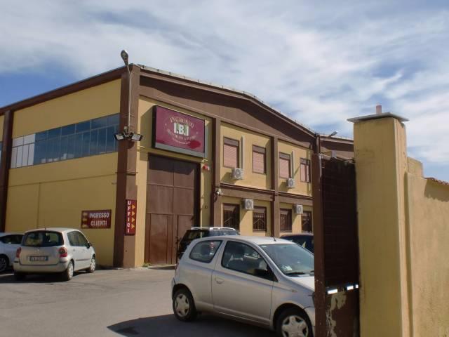 Capannone in affitto a Palermo, 5 locali, prezzo € 8.000 | Cambio Casa.it