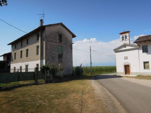 Rustico 6 locali in vendita a Premariacco (UD)