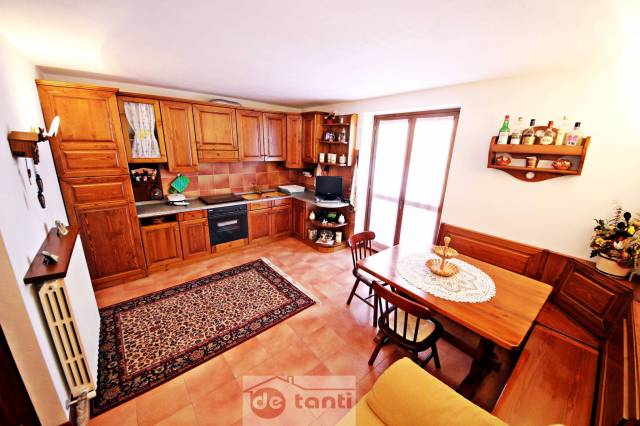 Appartamento in vendita a Campodolcino, 2 locali, prezzo € 150.000   Cambio Casa.it