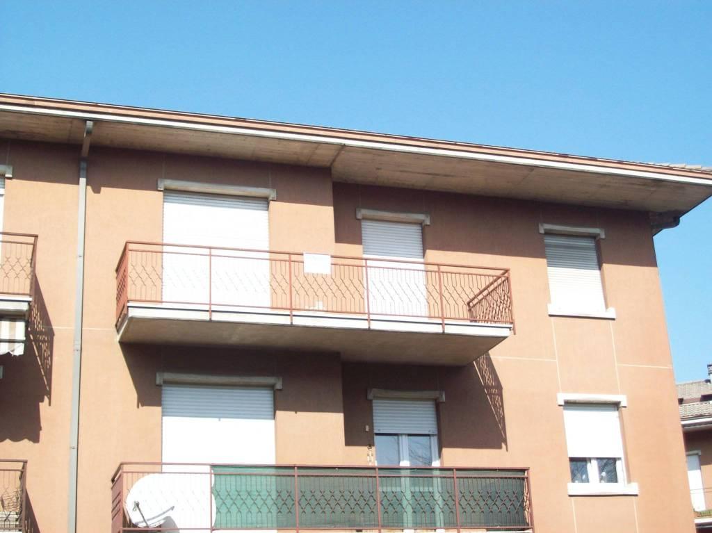 Appartamento da ristrutturare in vendita Rif. 8909941