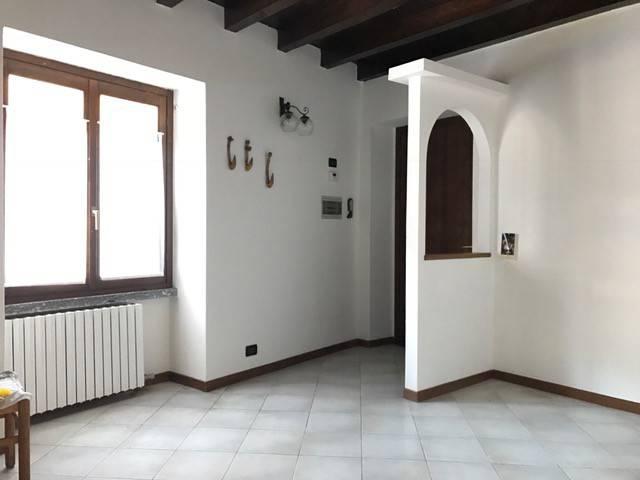 Appartamento in buone condizioni in vendita Rif. 4428729