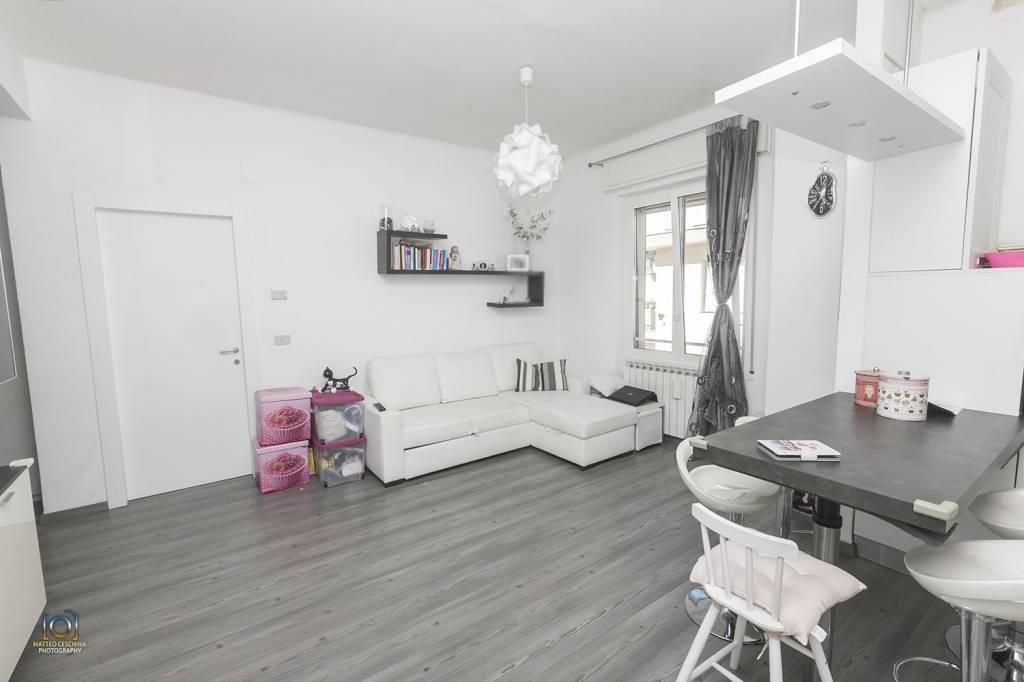 Appartamento trilocale in vendita a Cogoleto (GE)