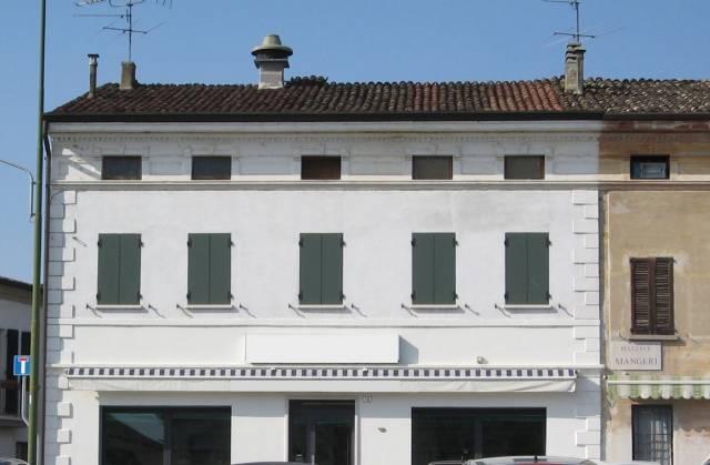 Appartamento da ristrutturare in vendita Rif. 4952469