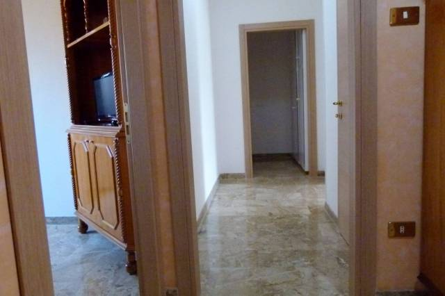 Appartamento in affitto a Bologna, 3 locali, zona Zona: 7 . Savena, Mazzini, Fossolo, Bellaria, prezzo € 800 | Cambio Casa.it