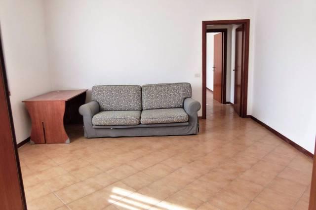 Appartamento in affitto a Ozzano dell'Emilia, 2 locali, prezzo € 450 | CambioCasa.it
