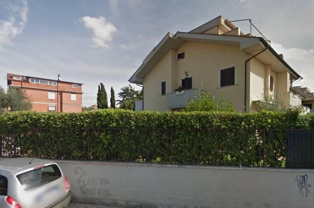 Box / Garage in vendita a Ciampino, 9999 locali, prezzo € 65.000   CambioCasa.it