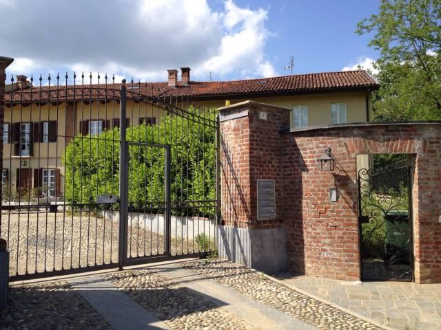 Appartamento in ottime condizioni in affitto Rif. 6857379