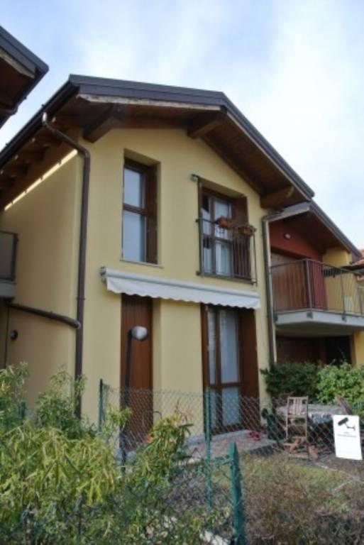 Villa a Schiera in vendita a Bodio Lomnago, 3 locali, prezzo € 265.000 | CambioCasa.it