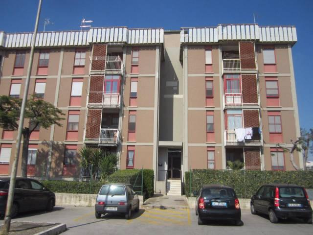 Appartamento in buone condizioni in vendita Rif. 6724521