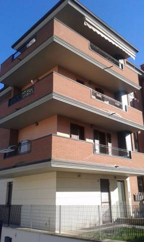 Appartamento in ottime condizioni in vendita Rif. 4862767