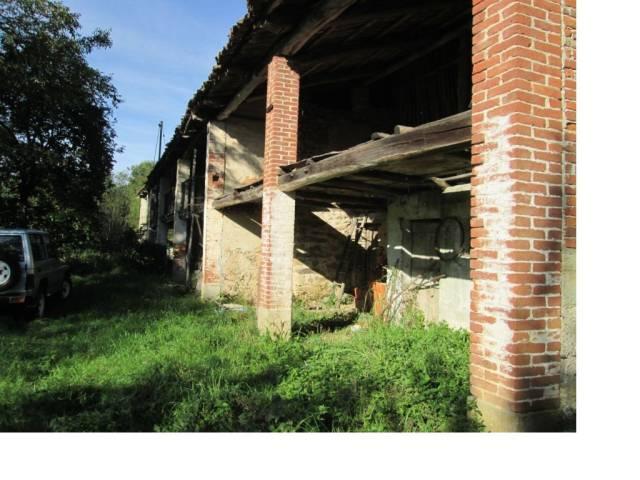 Rustico / Casale in vendita a Netro, 6 locali, prezzo € 45.000   Cambio Casa.it