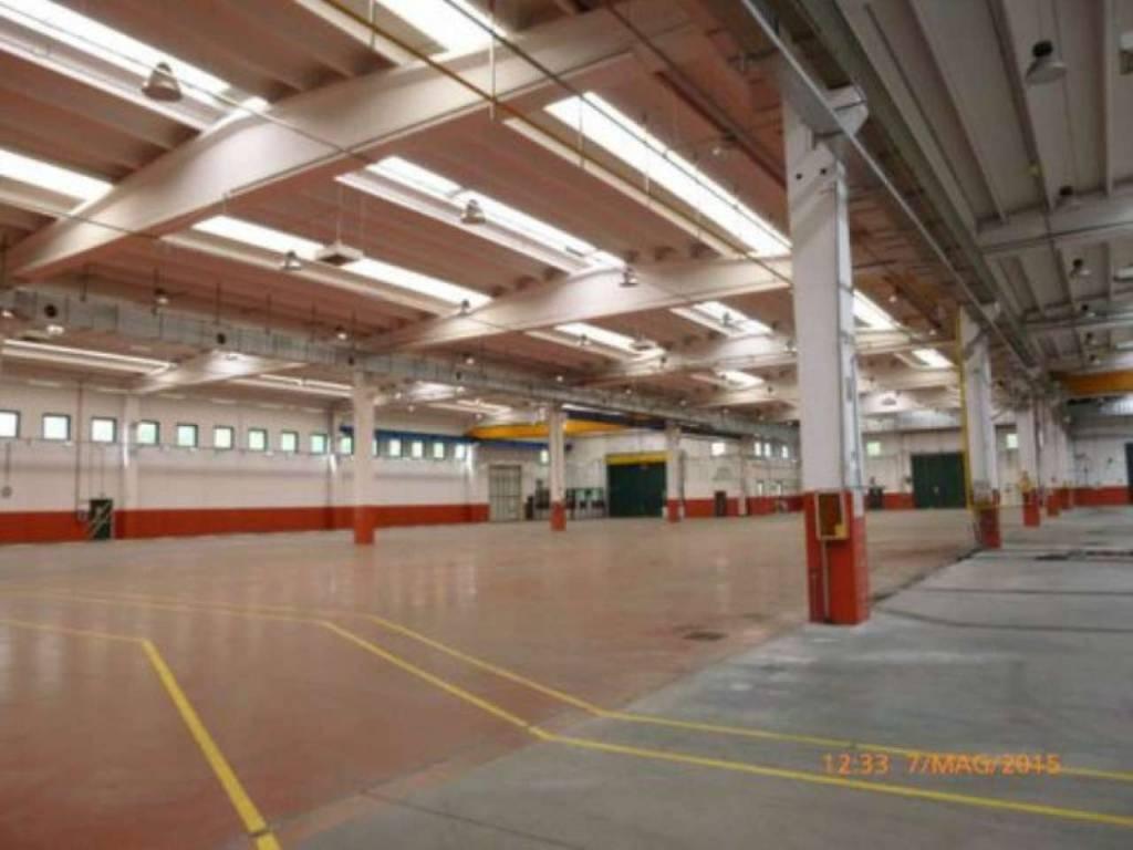 Capannone in vendita a Olgiate Comasco, 6 locali, prezzo € 3.900.000   PortaleAgenzieImmobiliari.it