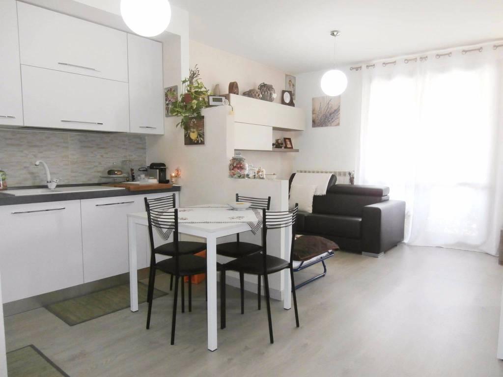Appartamento trilocale in vendita a Alzano Lombardo (BG)