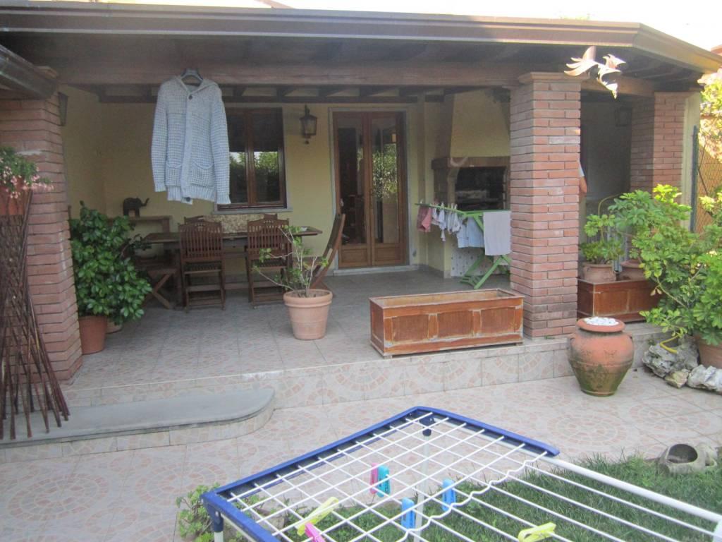 Casa Indipendente in ottime condizioni arredato in vendita Rif. 9151303