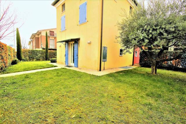 Villa-Villetta Vendita Volta Mantovana