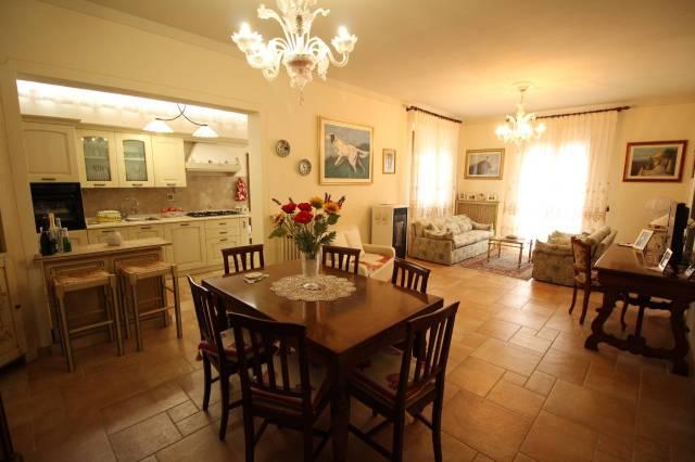 Villa in ottime condizioni in vendita Rif. 4808387