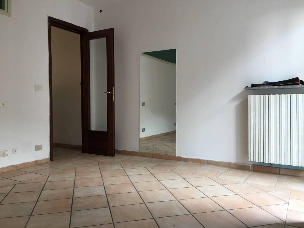 Appartamento in ottime condizioni in affitto Rif. 7413001